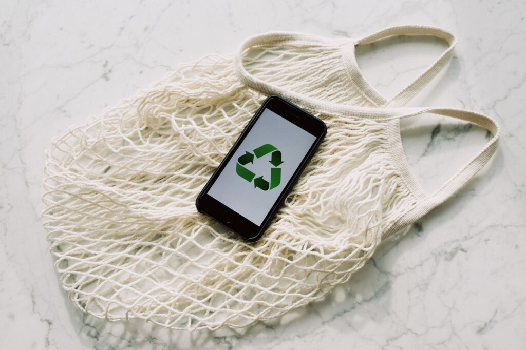 What is zero waste and why is it worth reducing waste production?